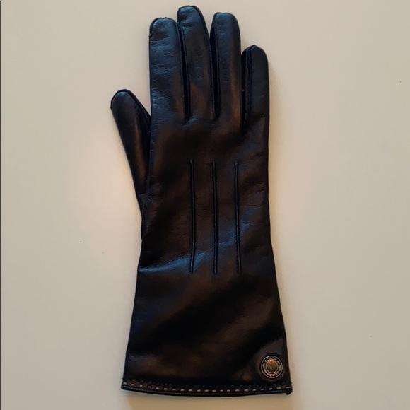 Coach Glove Only One Glove